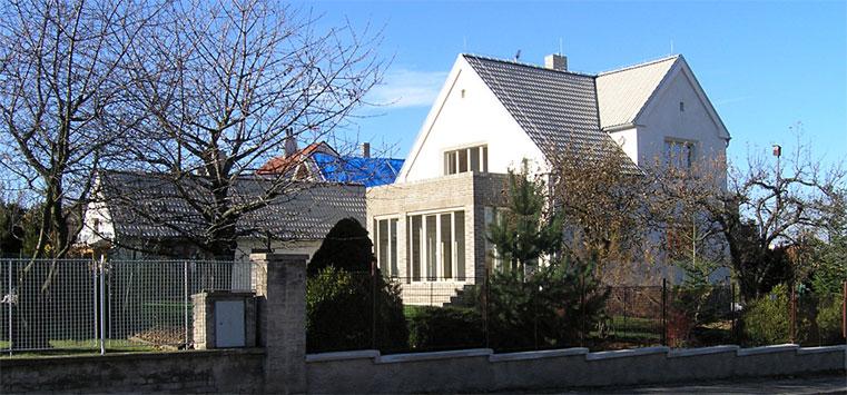Rekonstrukce a dostavba rodinného domu na Praze 6